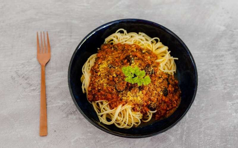 Vegan mince and spaghetti in a bowl.