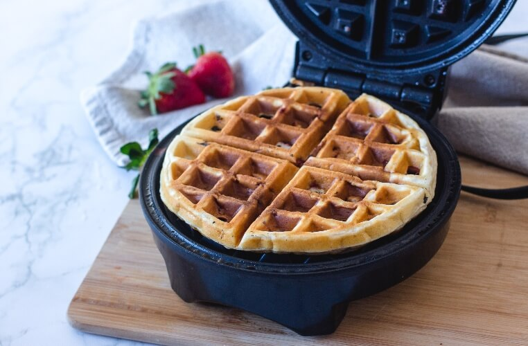 Cooked waffle in waffle maker